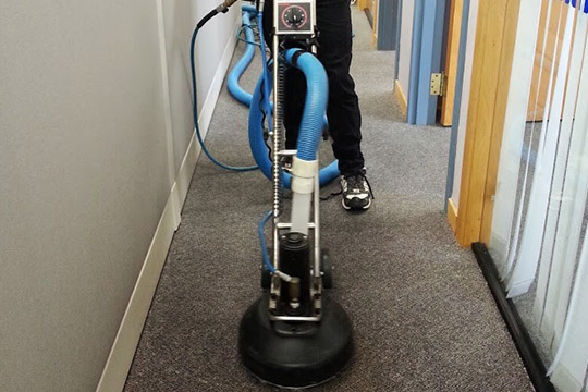 commercial-carpet cleaning-img